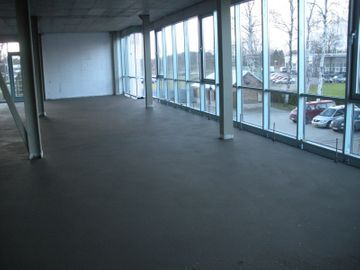 CONCRETE CLONAL FLOORS